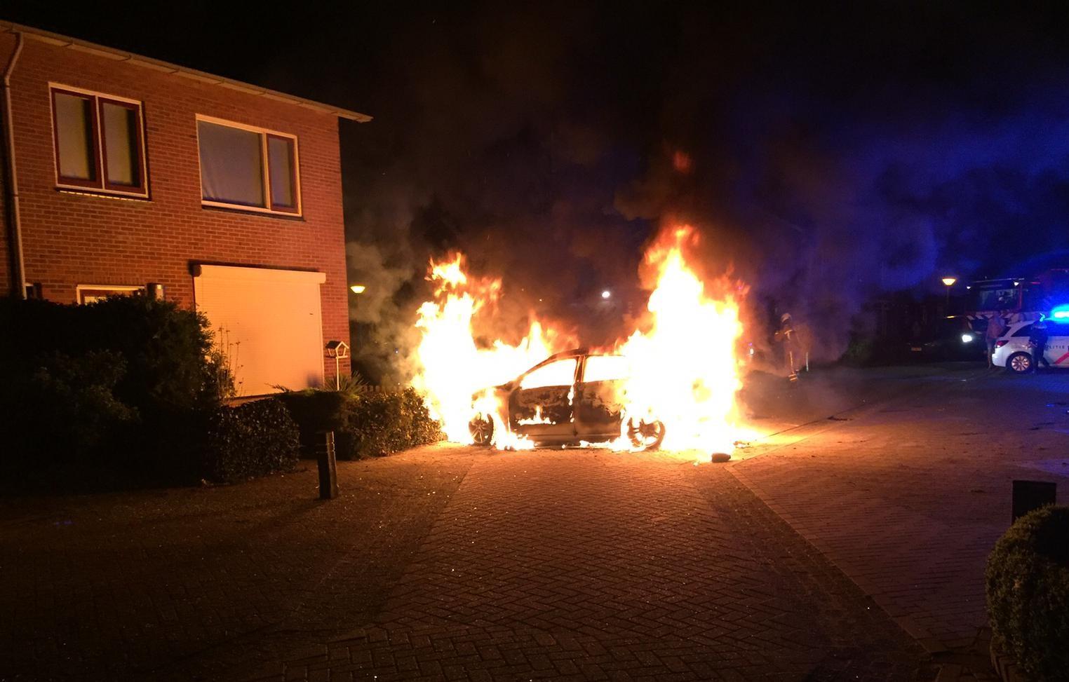 Foto van autobrand in Coevorden