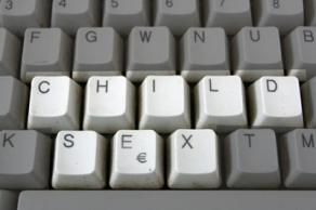 Foto van toetsenbord computer   Archief FBF.nl