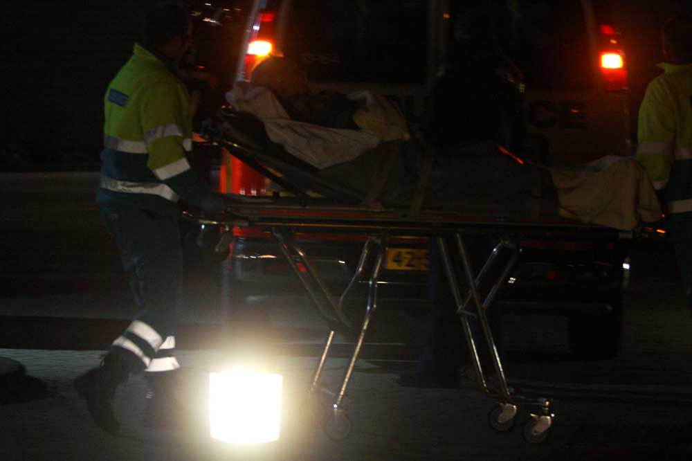 ambulance-donker-brancard