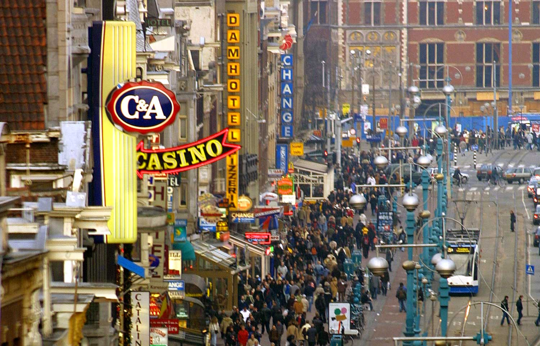 Directe stop op nieuwe toeristenwinkels Amsterdam