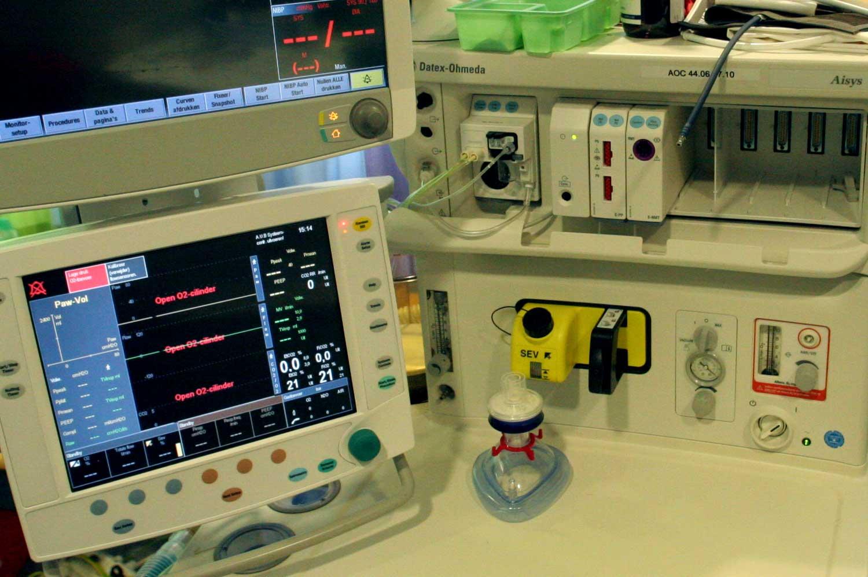 apparatuur-ziekenhuis-monitor