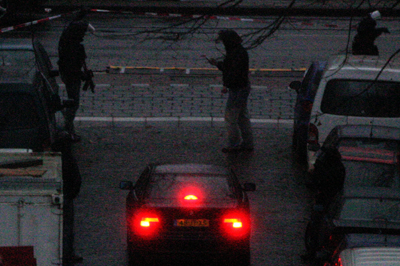 Foto van arrestatieteam avond auto   Archief EHF
