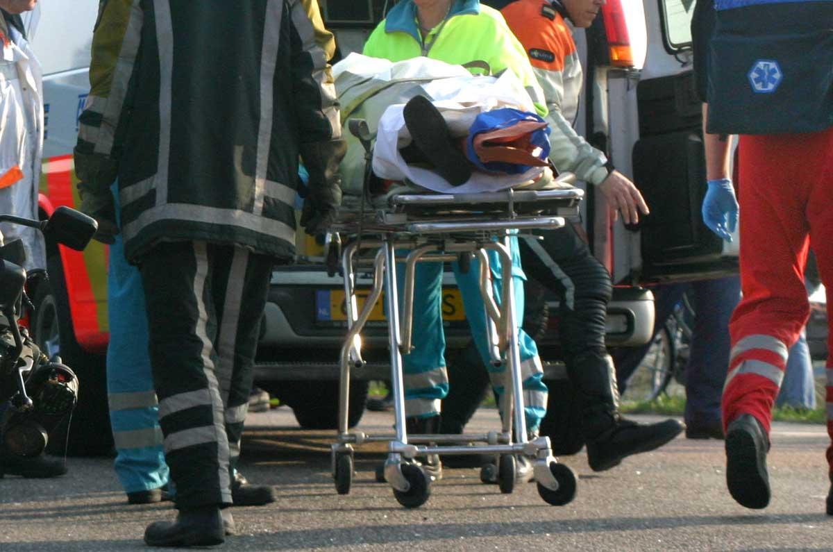 Vrouw bekneld en ernstig gewond geraakt bij ongeval A2