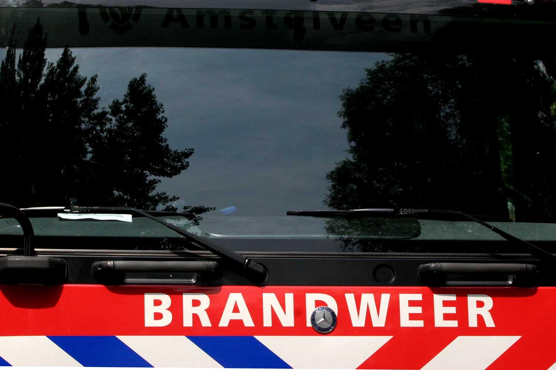 Fietser (18) door brandweerauto met zwaailicht en sirene aangereden