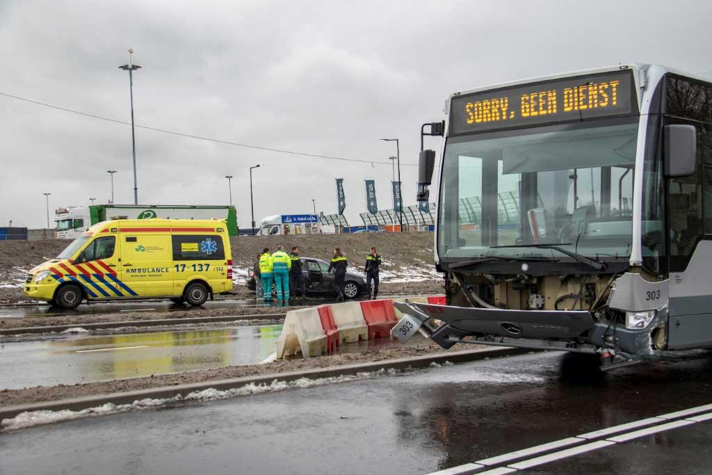 Ongeval op nieuwe busoversteek Vijfsluizen