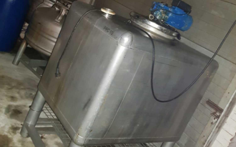 drugslab-tank