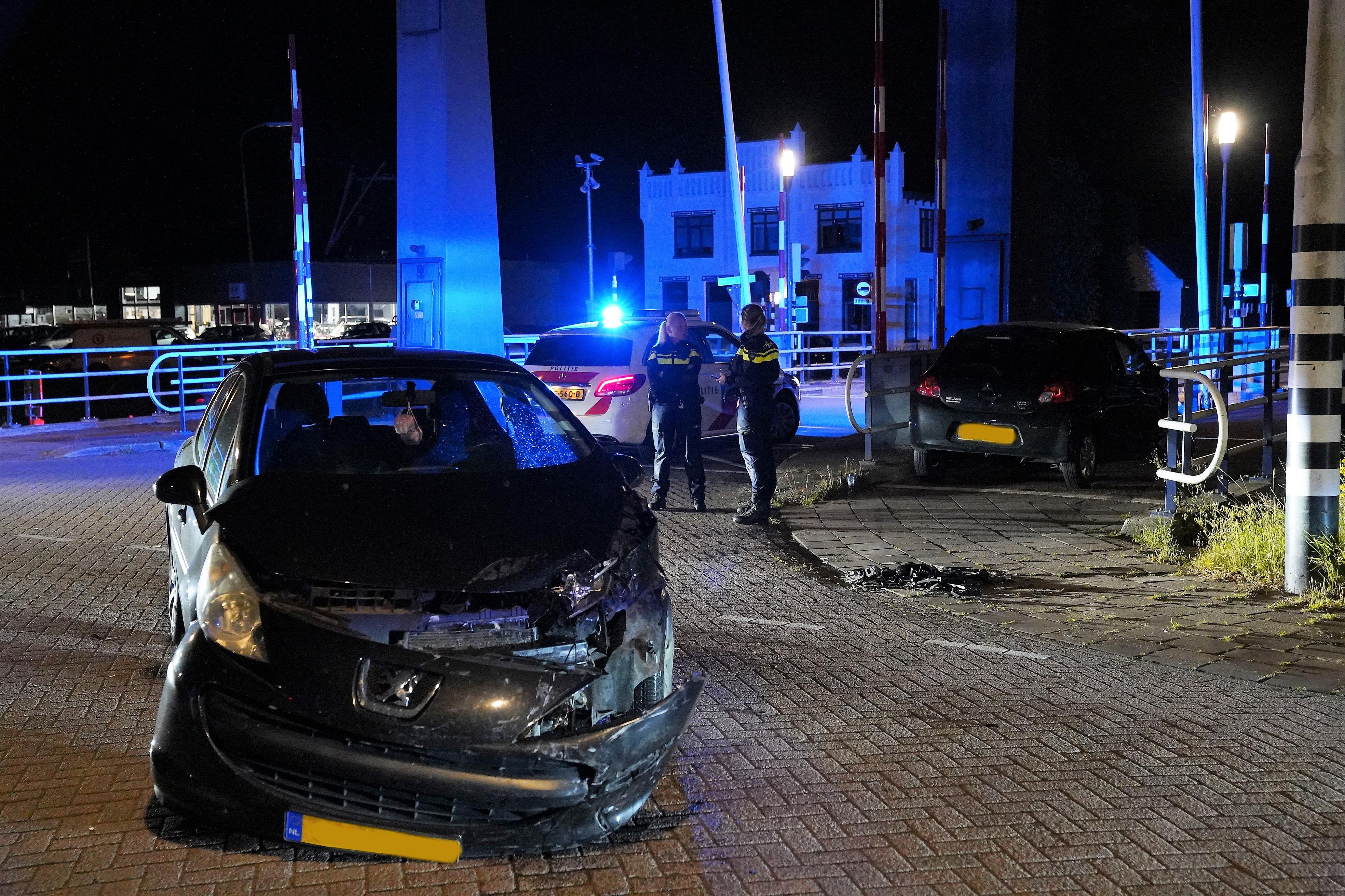 Beide auto's liepen forse schade op