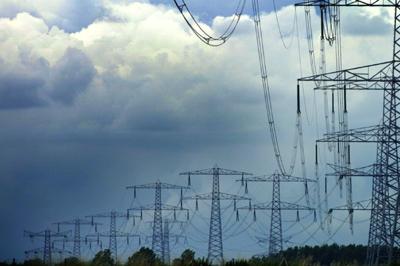 Foto van elektriciteitsmasten   Archief EHF