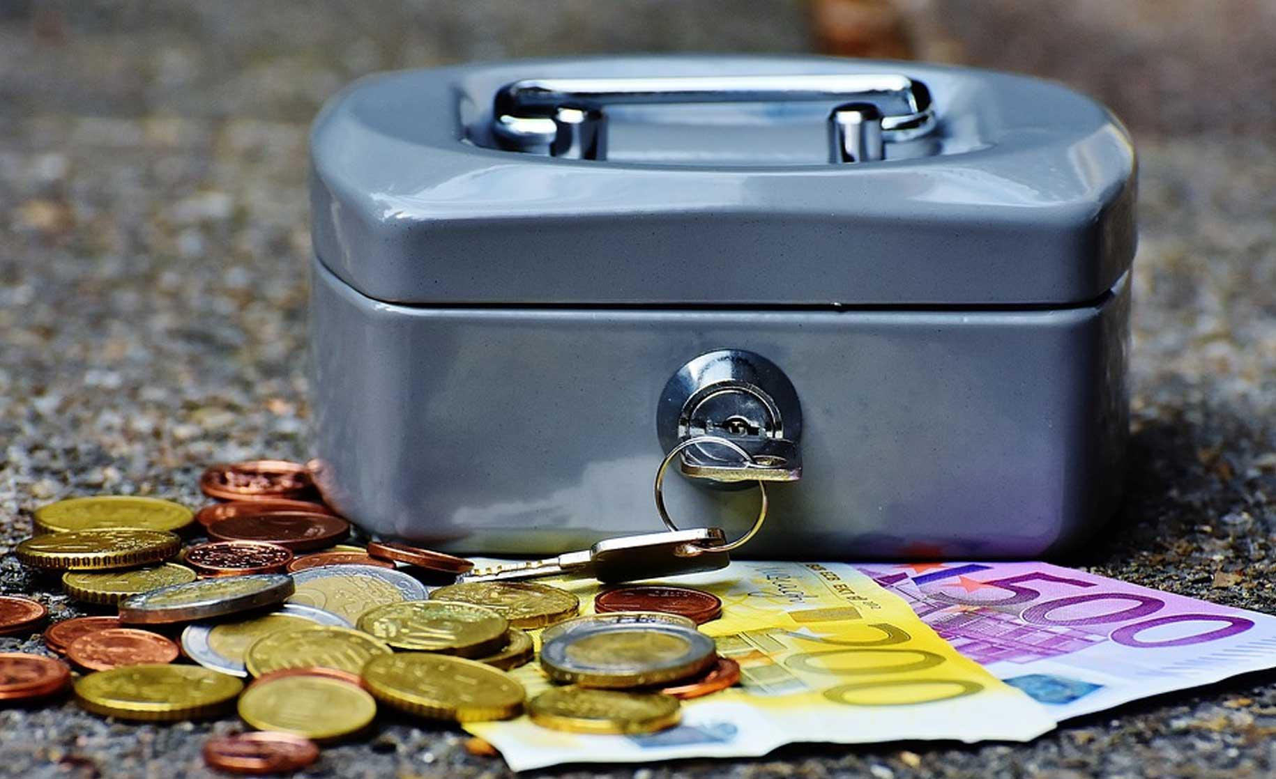 geldkistje-bankbiljetten