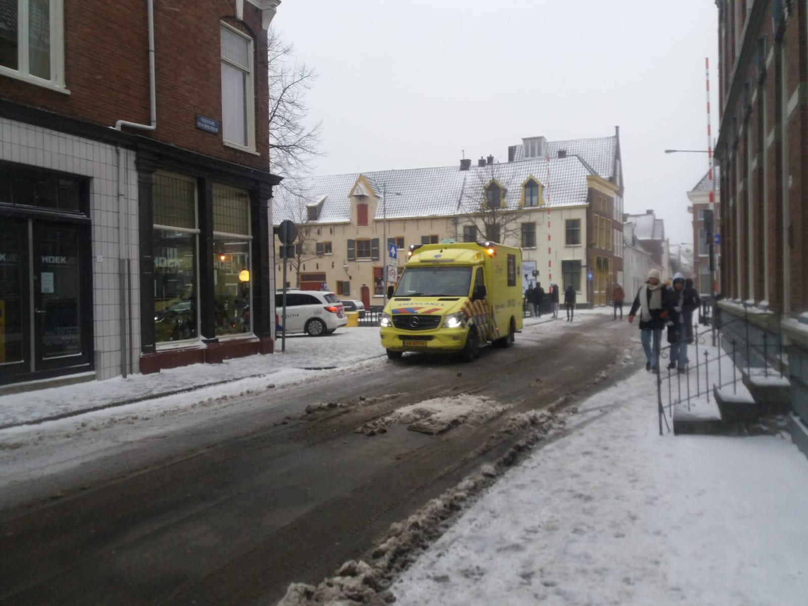 Politie en ambulance ter plaatsen
