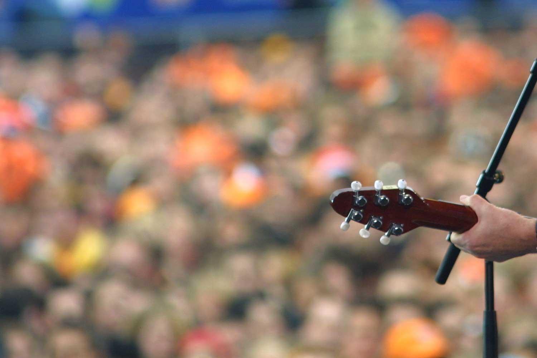 koningsdag-gitaar-optreden