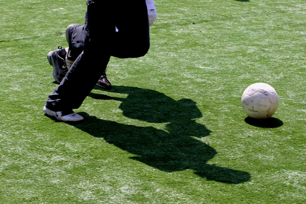Onrust over sporten op kunstgrasvelden met rubbergranulaatkorrels