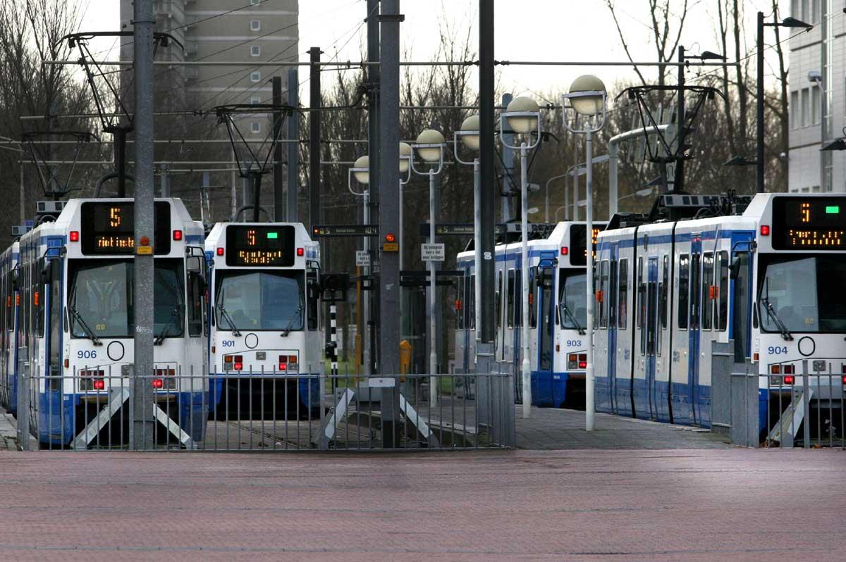 Metro's GVB Amsterdam rijden niet vanwege grote storing
