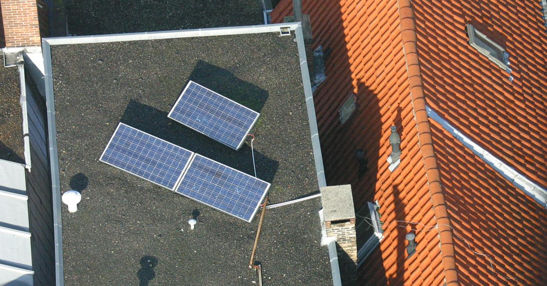 foto van zonnepaneel   fbf