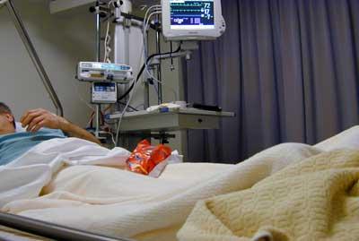 Foto van patiënt in ziekenhuis bed   Archief EHF