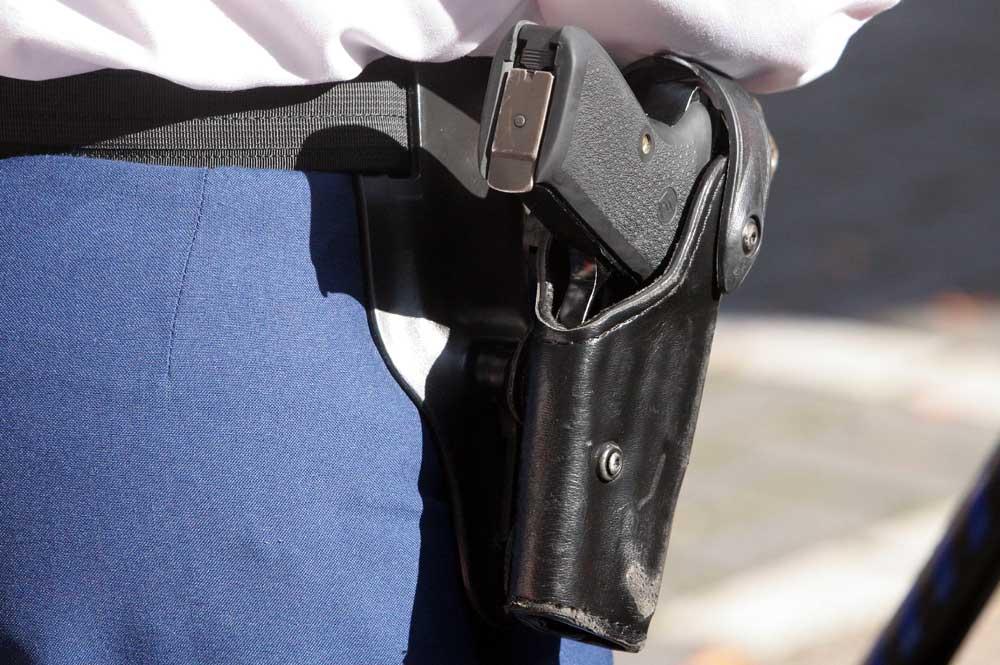 Foto van dienstpistool politie | Archief EHF