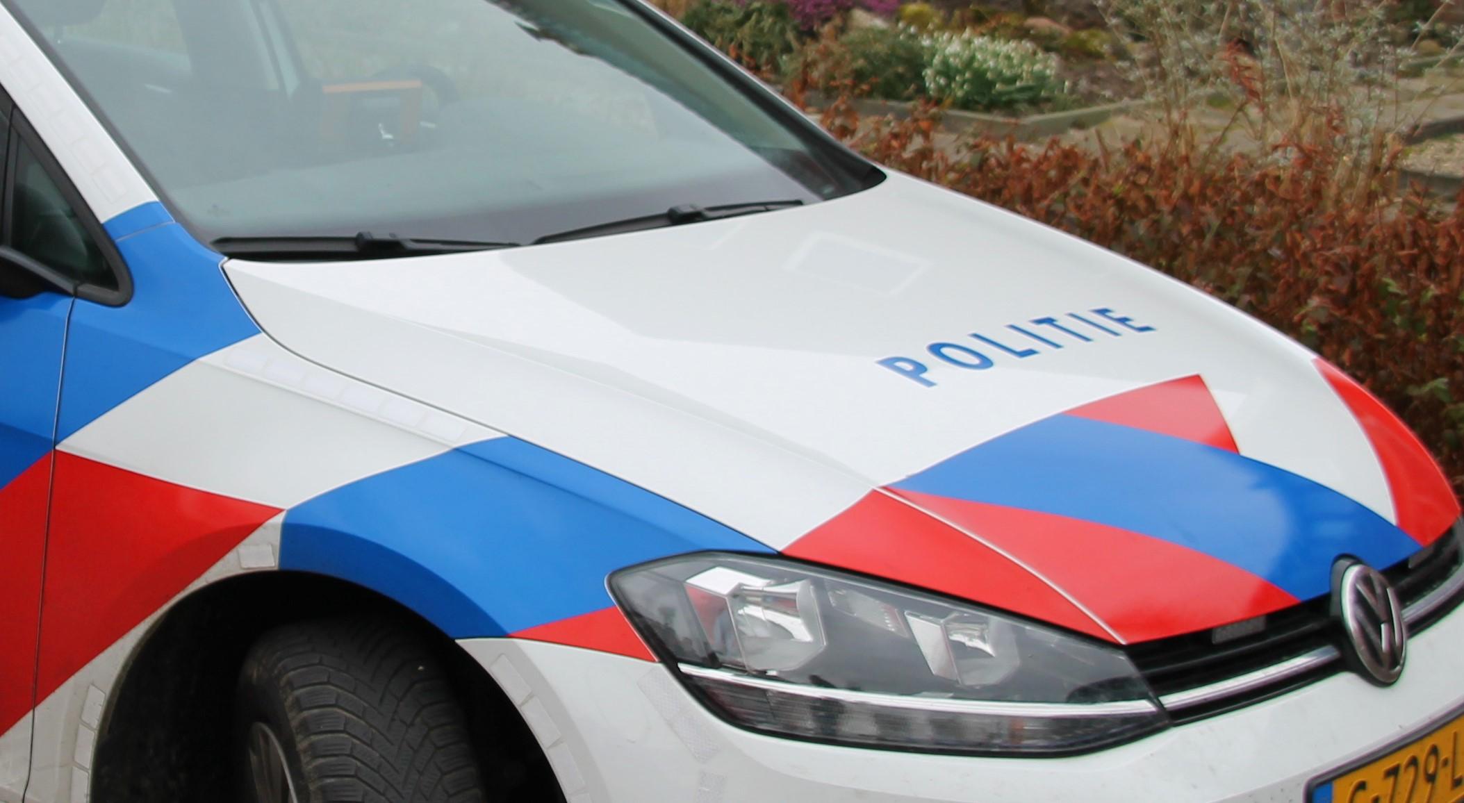 Politieauto met nieuwe striping