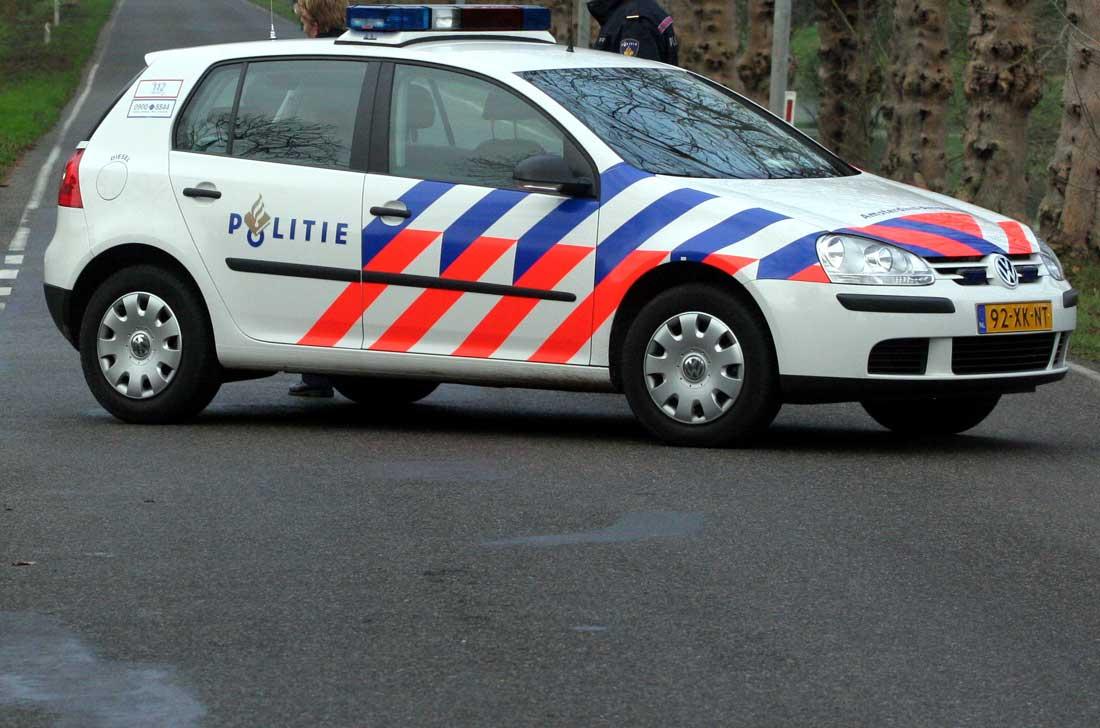 politieauto-wegafzetting