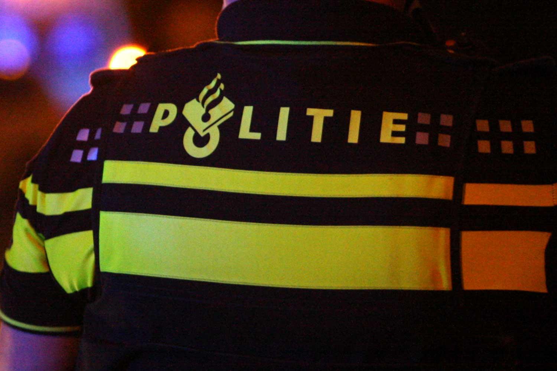 Haagse politieman (61) opgepakt op verdenking van 'lekken'