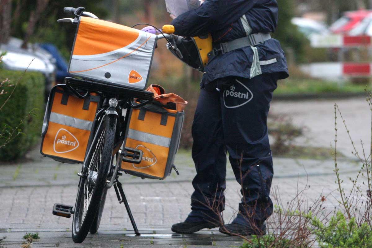 postnl-bezorger-fiets