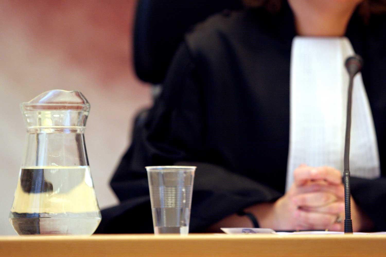 Foto van rechter in toga
