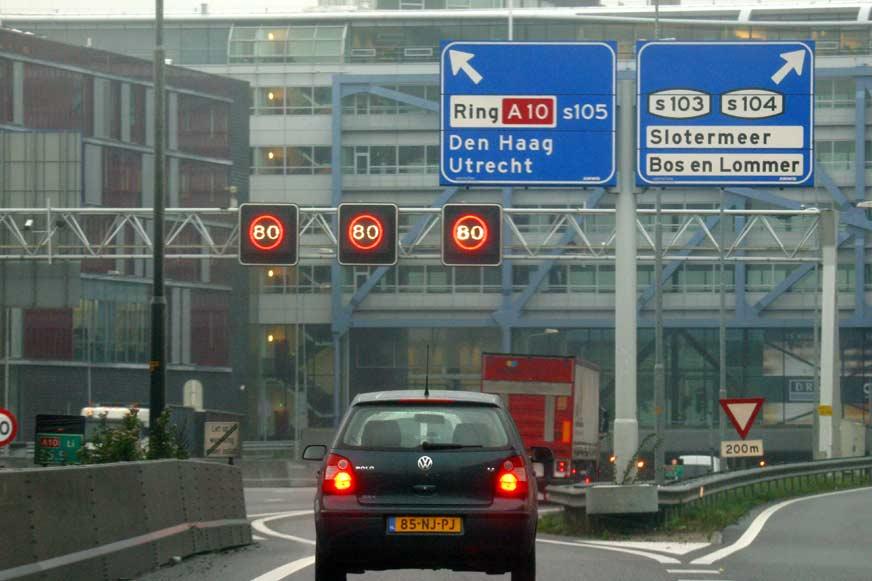 Dieselauto's van voor 2006 komen Amsterdamse ringweg straks niet meer op