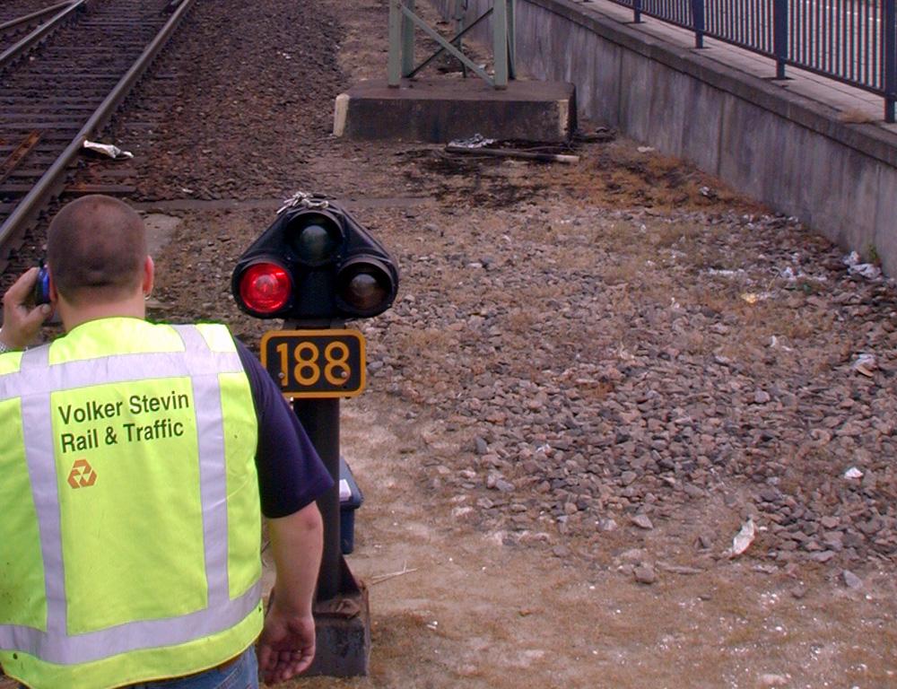 Foto van rood sein trein spoor | Archief EHF