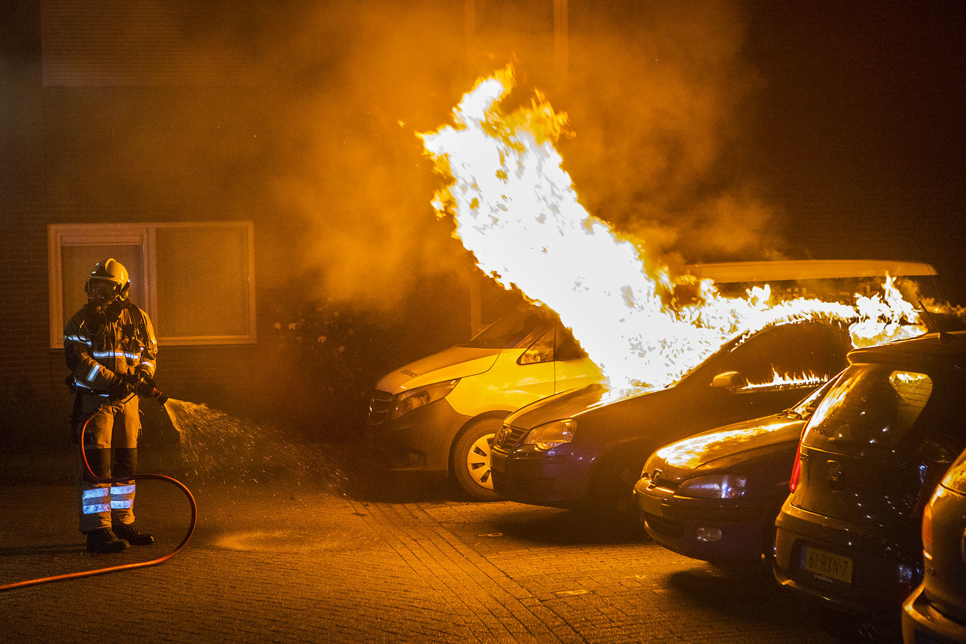 Foto van autobrand in Boxtel