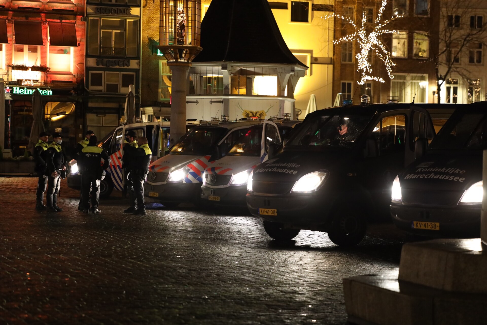 Grote politiemacht in Den Bosch