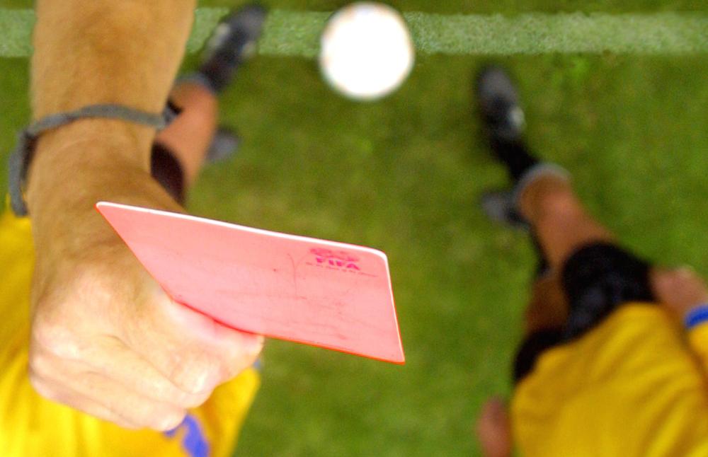 Foto van scheidsrechter rode kaart | Archief EHF