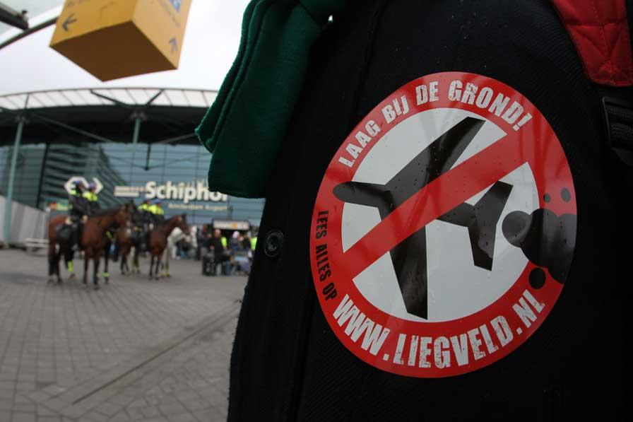 Greenpeace voert opnieuw actie op Schiphol