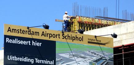 Schiphol zoekt bouwer nieuwe pier en terminal voor half miljard