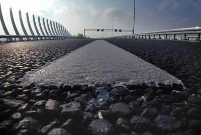 Foto van snelweg geluidscherm | Archief EHF