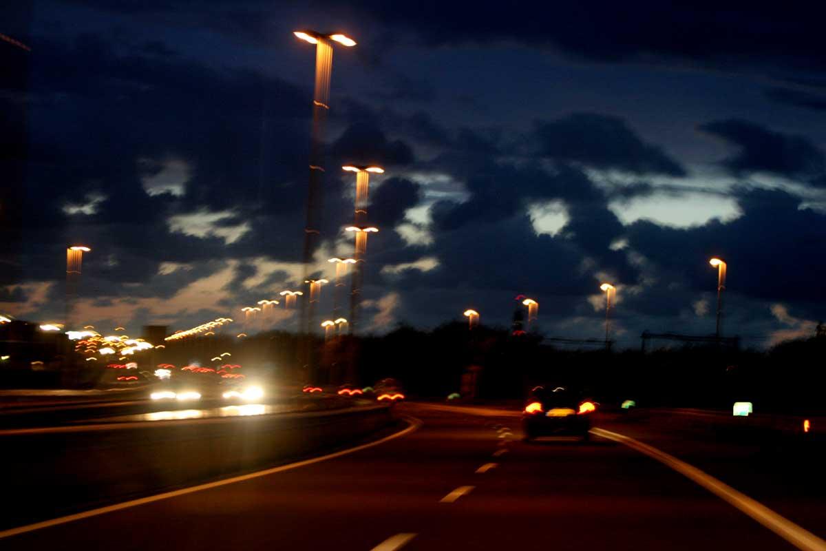 snelweg-donker-lichten