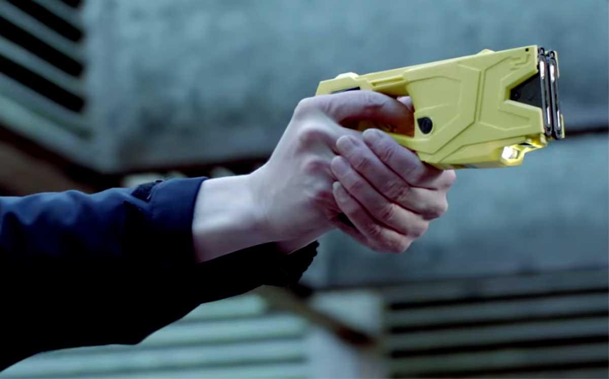 stroomstootwapen-politie