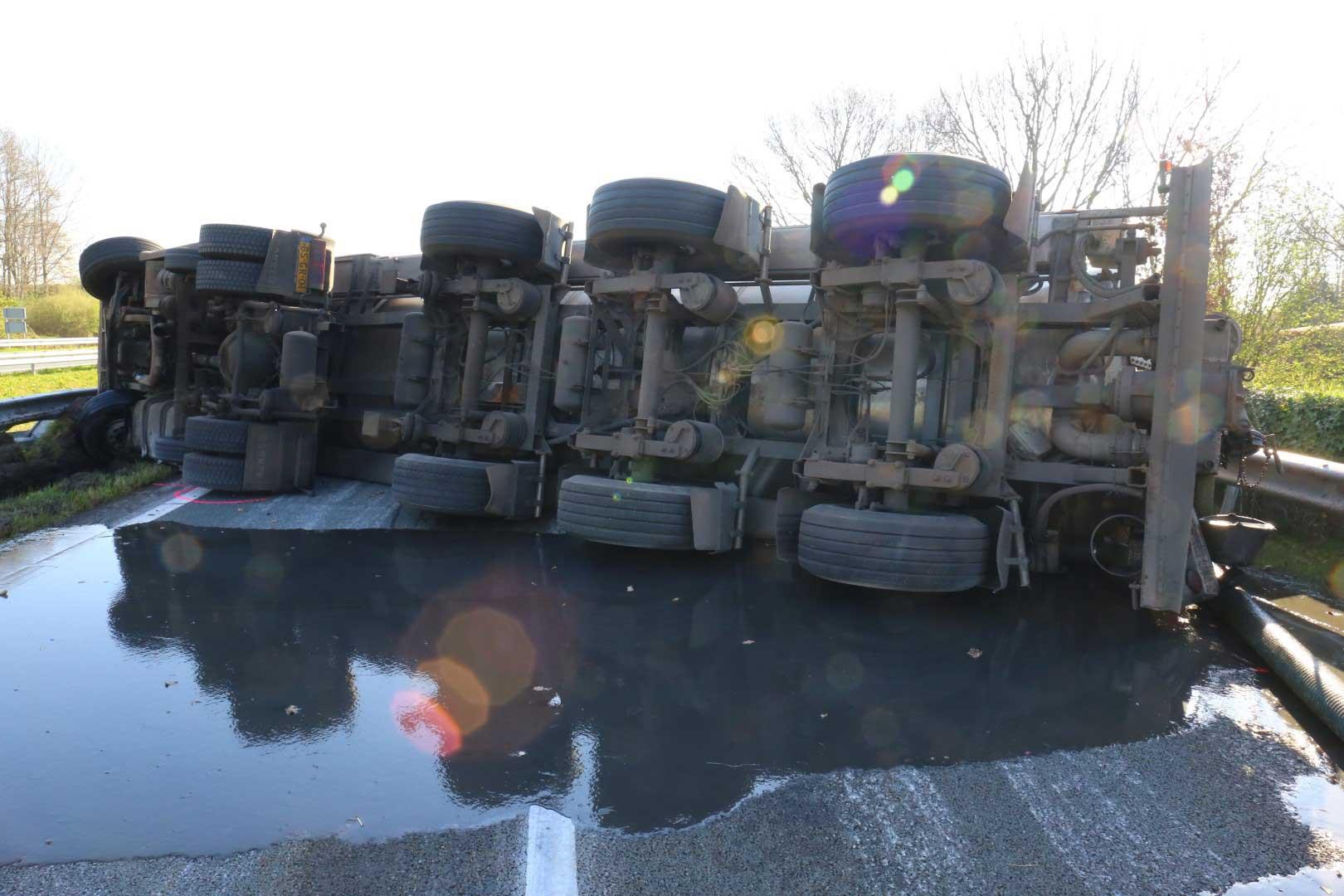 tankwagen-gekanteld