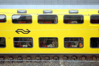 Foto van trein dubbeldekker   Archief EHF