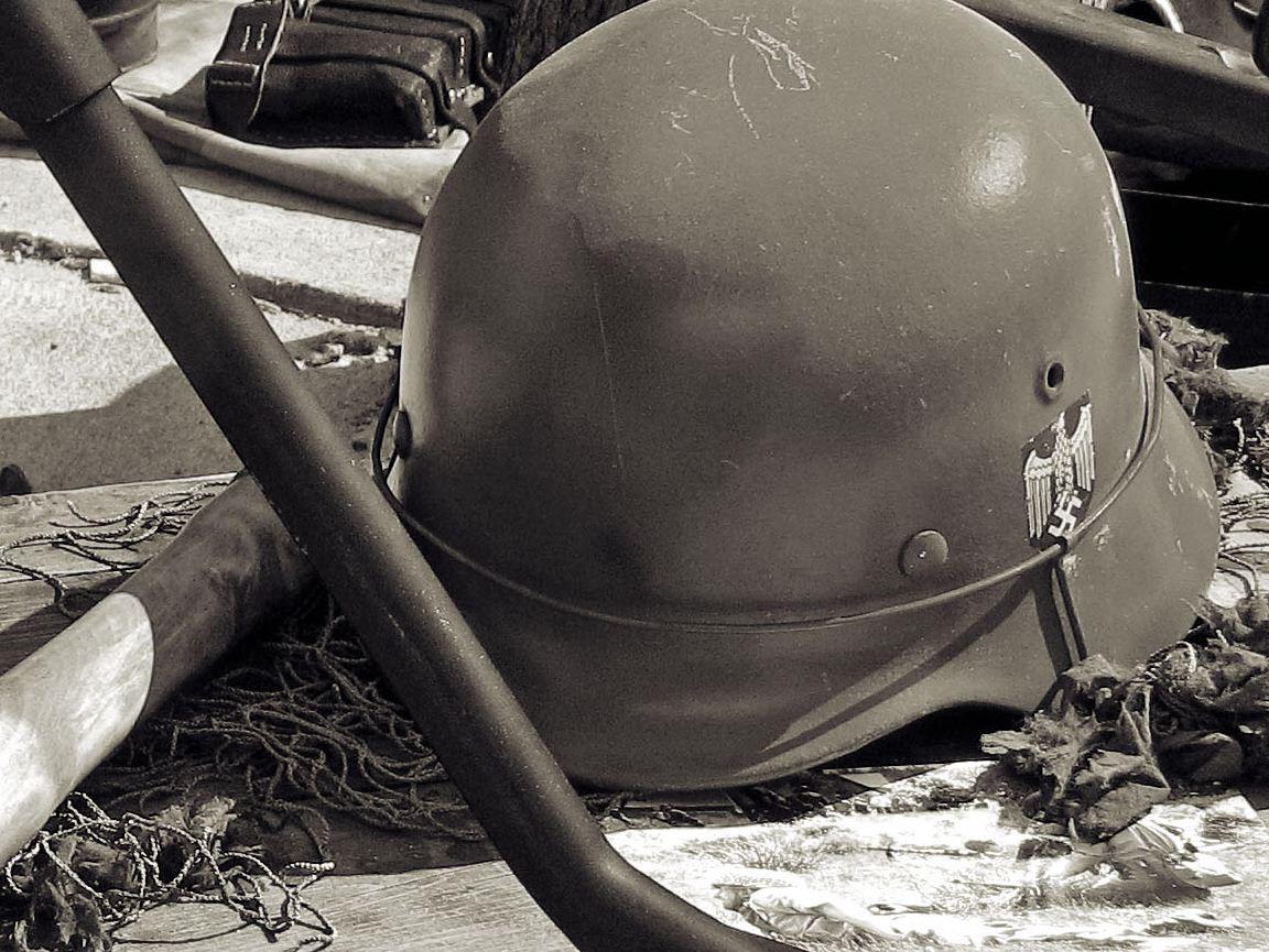 Foto van helm duitse leger tweede wereldoorlog