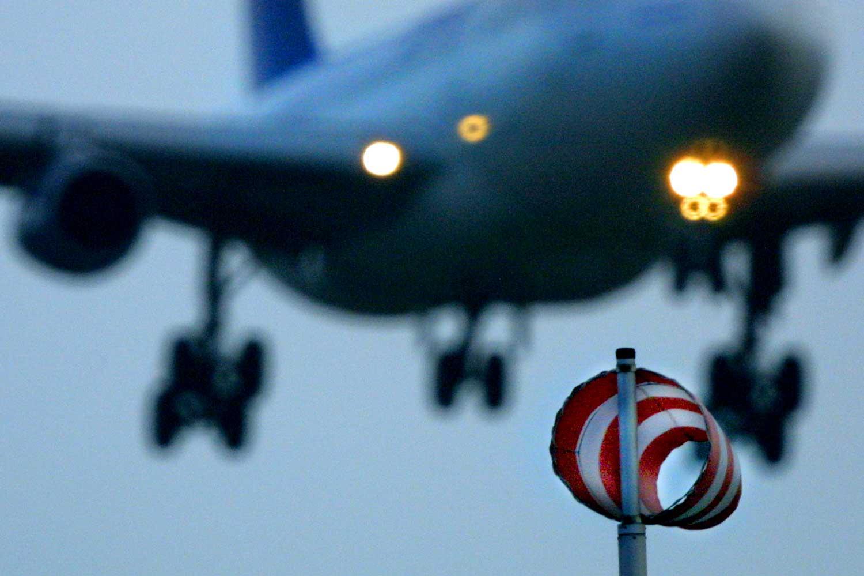 vliegtuig-storm-wind