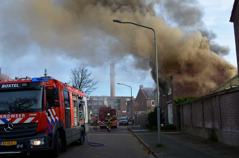 woningbrand-rookwolken