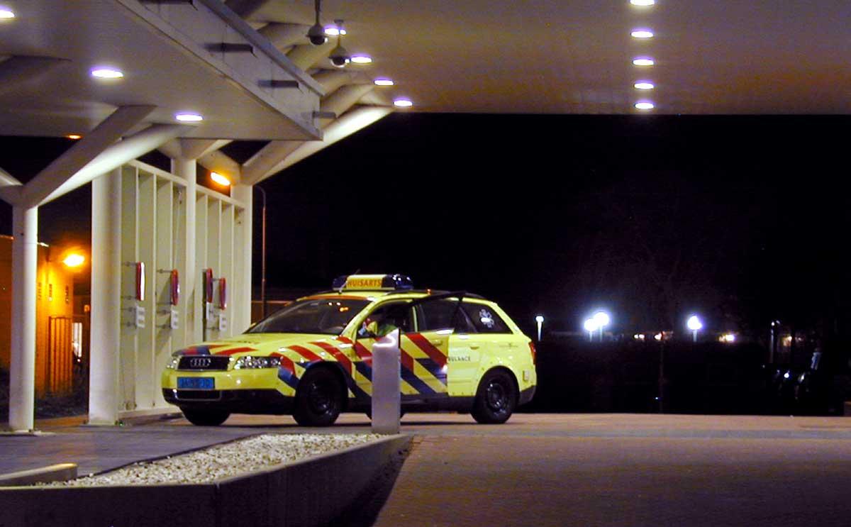 ziekenauto-seh-ziekenhuis