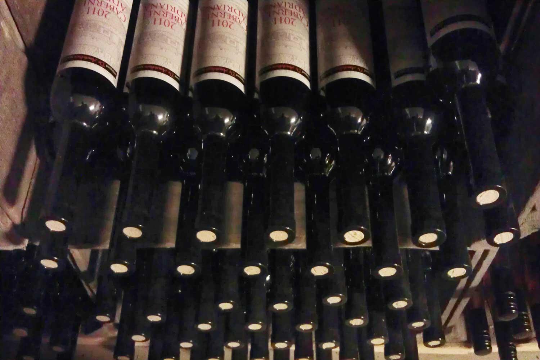 wijnflessen-kelder