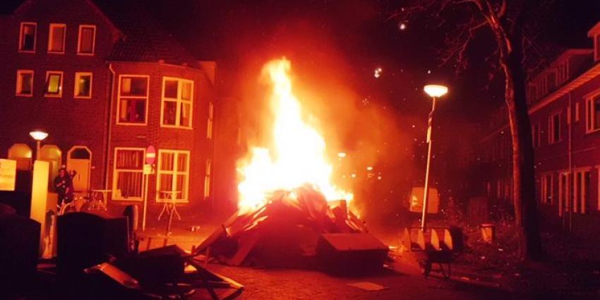 Foto van oud en nieuw vuur in Groningen | Bert van den Berg