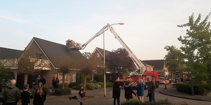 Foto van hoogwerker brandweer