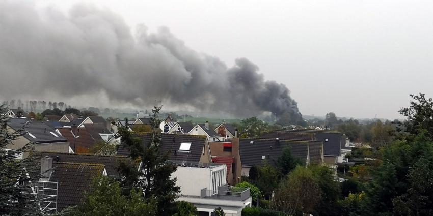 Grote brand in schuur Leischendam