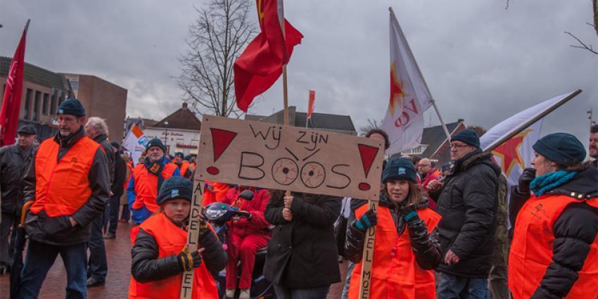 Manifestatie sluiting Aldel   Rieks Oijnhausen   rieksoijnhausen.nl/