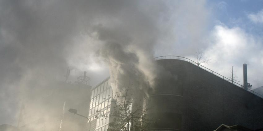 Forse rookontwikkeling bij brand in Groningen