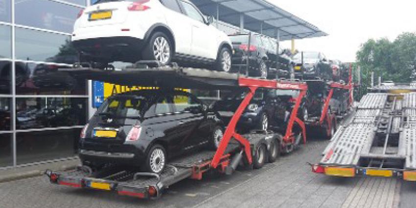 120 auto's afgevoerd bij autobedrijf in Almelo