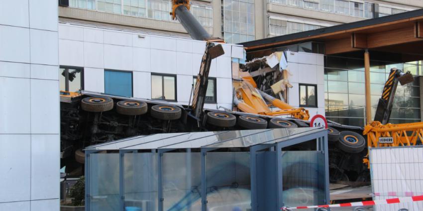 Kraanmachinist gewond door ongevallen kraan