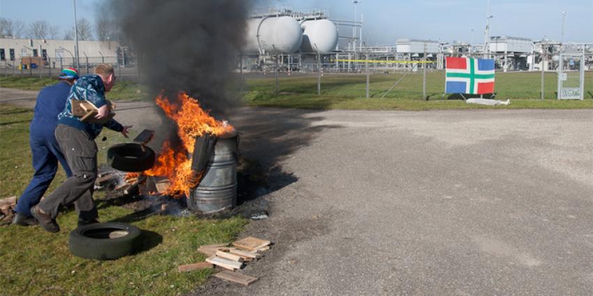 Actie Schokkend Groningen bij NAM locatie | Rieks Oijnhausen | rieksoijnhausen.nl/
